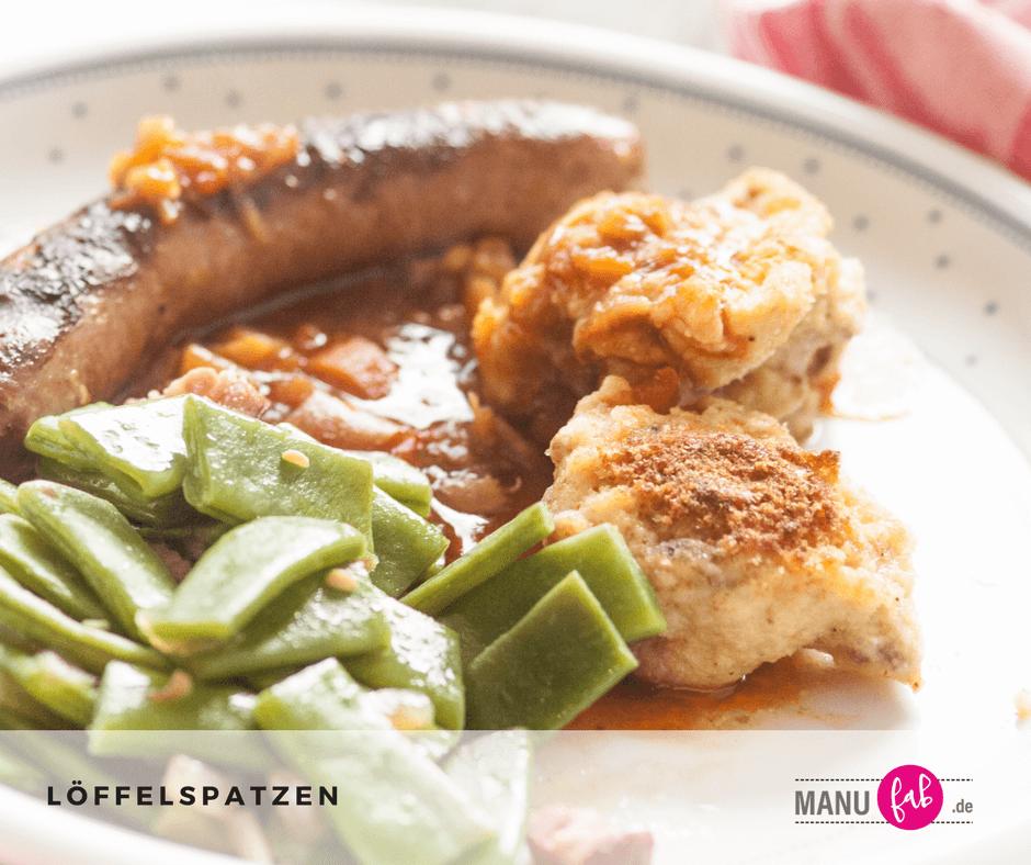 Löffelspatzen mit grünen Bohen und Bratwurst